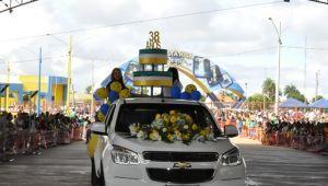 Aniversário de Costa Rica teve desfile cívico, autoridades desfilaram