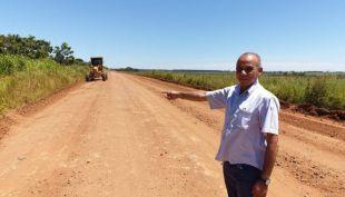 Prefeito Anísio Andrade acompanha trabalho de recuperação das estradas vicinais