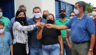 """Alcinópolis entrega casa do Programa de Construção de Unidades Habitacionais """"Construindo Sonhos""""."""