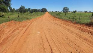 Alcinopolis: Prefeitura recupera estrada de acesso ao Tempo dos Pilares