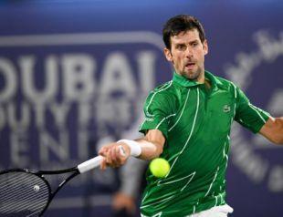 Djokovic completa 33 anos e anuncia torneio beneficente de tênis em junho