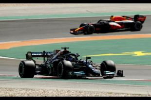 Hamilton supera rivais e volta a vencer em Portugal